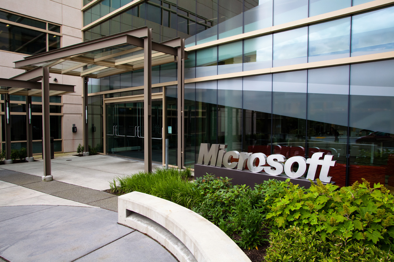 an analysis of microsoft corporation in united states Microsoft corporation (analysis) wa 98052-6399 united states phone fax hewlett-packard company and microsoft corporation financial analysis.